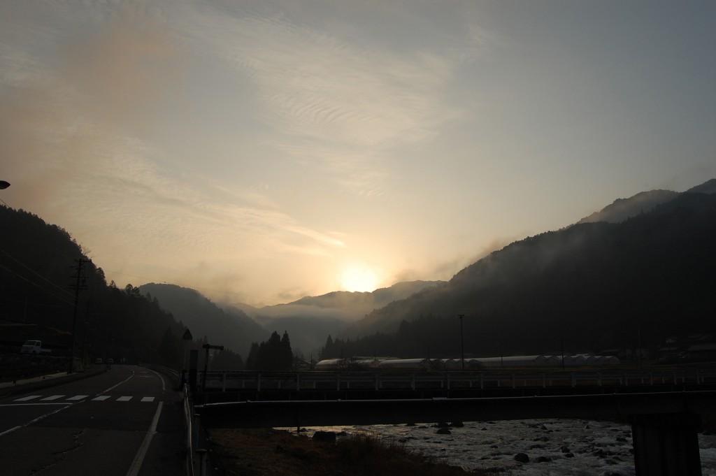 木曽路の朝焼け